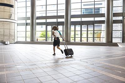 手提箱,走廊,女商人,轮式行李,商务研讨会,大厅,京都市,留白,经理,仅成年人