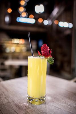果汁,清新,餐馆,上菜,垂直画幅,美,鸡尾酒,含酒精饮料,饮料,夜生活