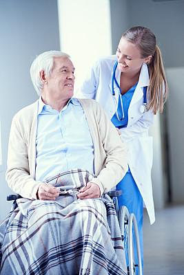 单词,肢体缺损,疗养院,轮椅,收容所,诊疗室,垂直画幅,衰老过程,仅成年人