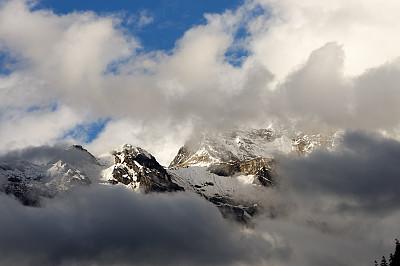 珠穆朗玛峰,山,中国,褐色,旅游目的地,水平画幅,雪,无人,户外,云景