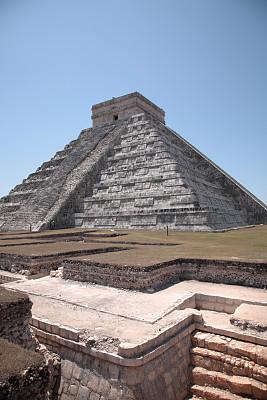 墨西哥玛雅金字,契晨-伊特萨,墨西哥,马雅里维耶拉,尤卡坦半岛,玛雅文明,犹太教会堂,加勒比海,垂直画幅,台阶