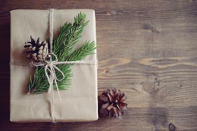 礼物,自制的,背景,木制,有包装的,包装纸,圣诞礼物,乡村风格,排列整齐