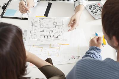 房地产经纪人,一个人,都市风光,房产代理,租赁合同,未来,业主,居住区,建筑业,青年人
