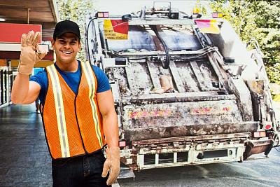 举起手,户外,职业,清洁工,垃圾车,垃圾箱,垃圾筒,垃圾桶,张开手臂,正面视角