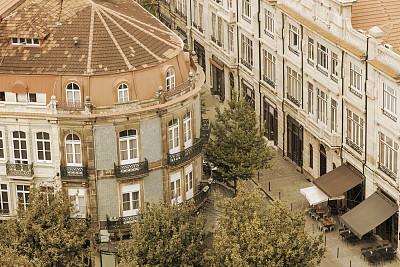 大特写,建筑,欧洲,凸窗,窗台,水平画幅,高视角,门廊,无人,椅子