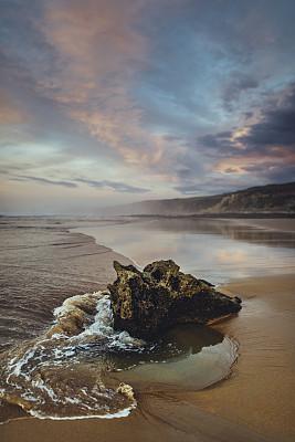 落日海滩,垂直画幅,水,美,褐色,户外,云景,身体活动,海滩,海景