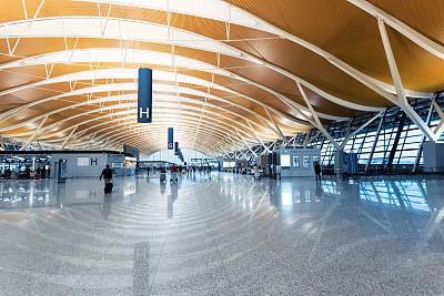 机场,室内,大厅,浦东,进出港显示牌,上海,水平画幅,人,走廊,行李