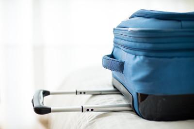 手提箱,床,水平画幅,无人,蓝色,商务旅行,行李,特写,把手,室内
