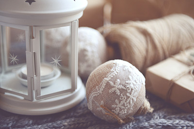 圣诞礼物,圣诞装饰,灯笼,水平画幅,无人,新年,符号,乡村风格,特写
