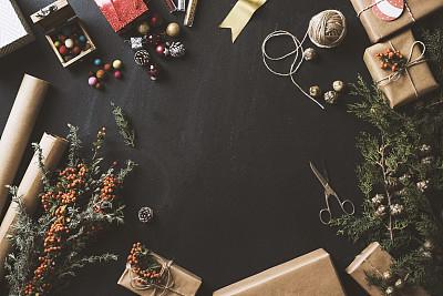 新年前夕,黑板,概念,平铺,火棘,桌面射击,包装纸,牛皮纸,圣诞礼物