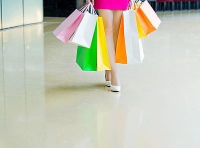 购物中心,腰部以下,高跟鞋,裙子,购物狂,门厅,正面视角,留白,四肢,顾客