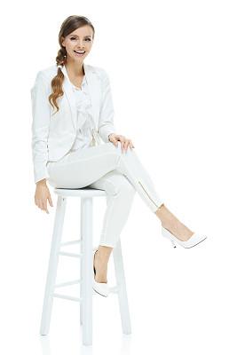 吧椅,女商人,马尾辫,女人,套装,高跟鞋,垂直画幅,正面视角,美,30到39岁