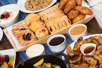自助餐,早餐,花生酱果子冻,覆盆子酱,滤压壶,住宿加早餐,法式吐司,欧式早餐,花生酱,什锦烤燕麦片