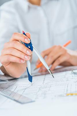 建筑师,分线规,垂直画幅,办公室,白人,文档,仅成年人,部分,专业人员,商业金融和工业