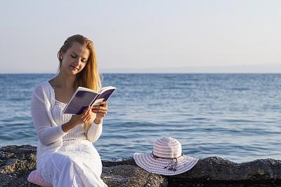 海滩,青年女人,水,天空,青少年,早晨,旅行者,夏天,希腊,青年人