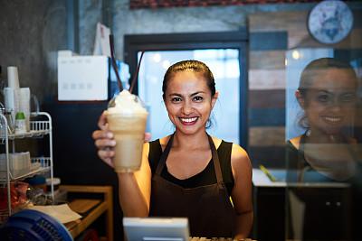 平衡,专门技术,冰咖啡,咖啡师,食饮供应,留白,咖啡店,忙碌,一次性杯子,饮料