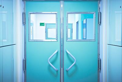 门,住宅房间,手术室,加护病房,走廊,急诊处,病房,门厅,关闭的