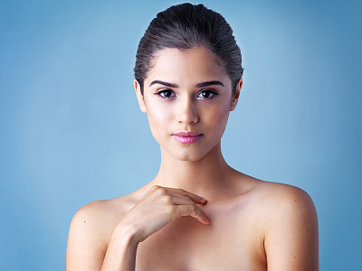 皮肤,表现积极,身体保养,洁面乳,疙瘩,黑发,彩妆,纯净,健康,化妆用品