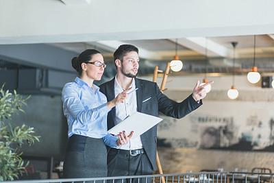 商务关系,商务,会议,公亩,餐馆,工作面试,套装,男商人,仅成年人,现代