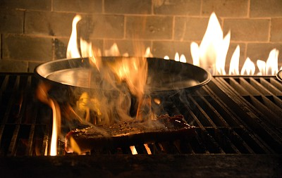 陆家嘴,沙朗牛排,上海,牛排,中国,炊具,火焰,浦东,中国东部,格子烤肉