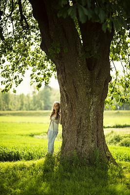 女人,自然美,在下面,栗树,35岁到39岁,禅宗,垂直画幅,留白,休闲活动,纯净