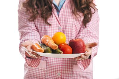 盘子,果盘,茄子,灯笼椒,灶台,半身像,南瓜,家庭生活,健康