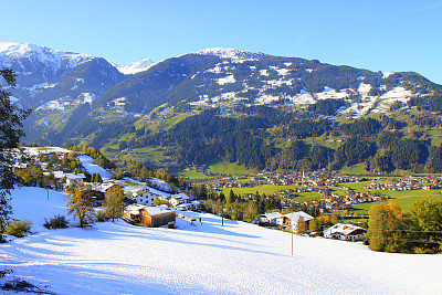 梅若芬,齐勒谷,奥地利,北提洛尔,草地,雪山,山脉,山谷,宏伟,全景
