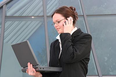 笔记本电脑,女商人,手机,新创企业,仅成年人,青年人,学校,球门,彩色图片,技术
