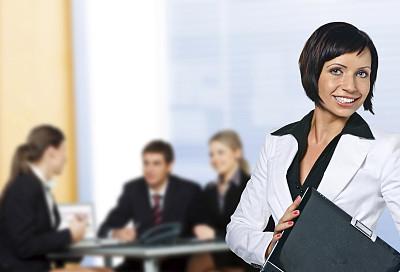 商务会议,少量人群,商务关系,男商人,经理,男性,仅成年人,眼镜,青年人,彩色图片