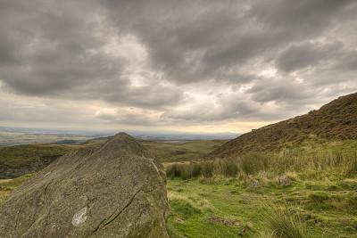 山,巨大的,摇滚手势,中苏格兰,暴风雨,石南花,水平画幅,地形,贫瘠的,无人