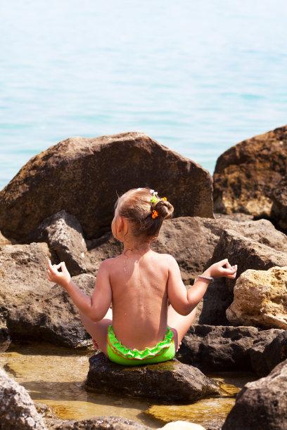 海滩,瑜伽,垂直画幅,美,留白,美人,夏天,户外,白人,泳装