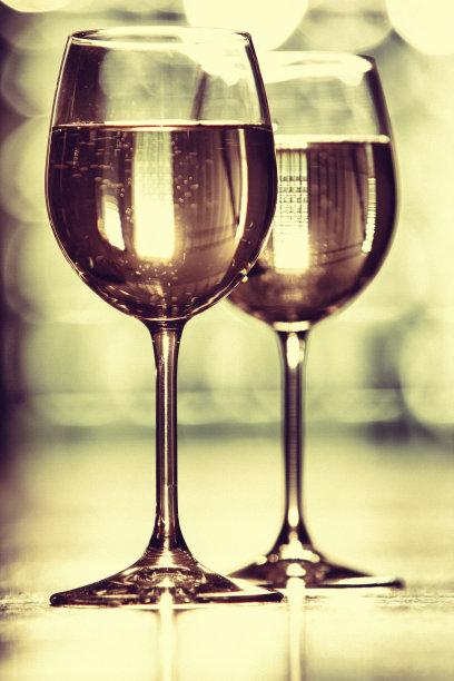 白葡萄酒,垂直画幅,图像聚焦技术,选择对焦,葡萄酒,留白,饮食,无人,玻璃,玻璃杯