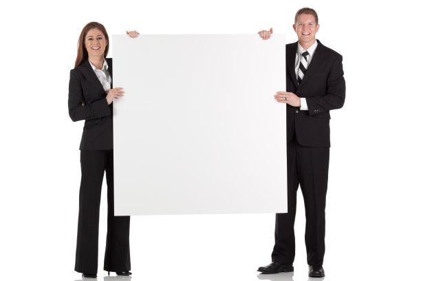 布告,拿着,商务人士,正面视角,留白,水平画幅,注视镜头,套装,白人,男商人