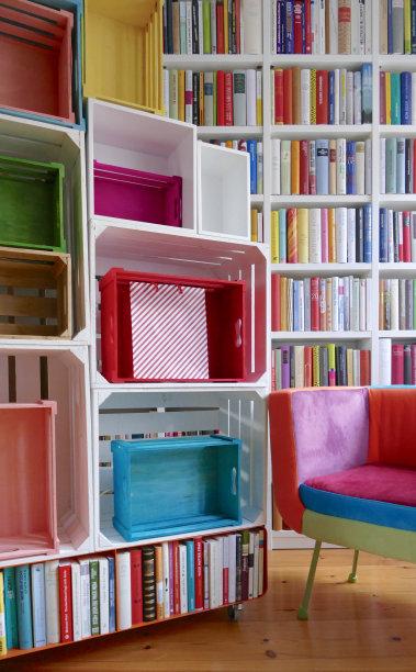 座位,书架,多色的,垂直画幅,留白,新的,挑染,书店,无人,椅子