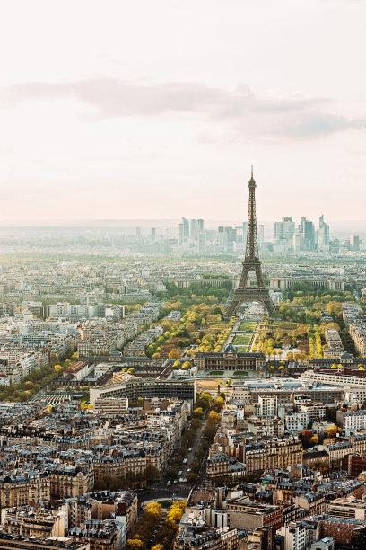 城市天际线,巴黎,垂直画幅,留白,高视角,云,无人,半空中,户外,都市风景