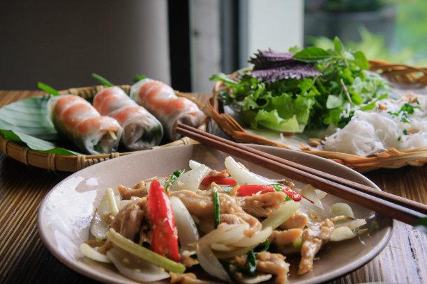 越南,食品,桌子,餐具,格子烤肉,水平画幅,开胃品,春卷,海产,异国情调