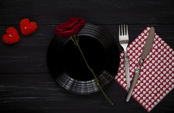乡村风格,木制,情人节,桌子,玫瑰,菜单,周年纪念,贺卡,餐刀,暗色
