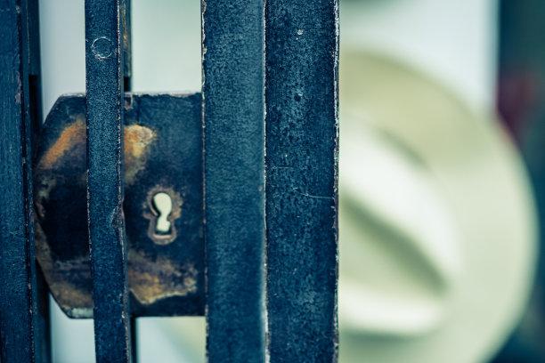 商店,篱笆,金属,零售展示,水平画幅,无人,陈列柜,小波兰省,大门,十二月