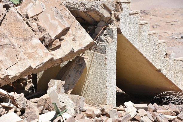 建筑业,混泥土块,泥瓦匠,拆毁的,沙砾,楼梯,混沌,重的,泥土,石材