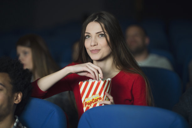 电影,座位,休闲活动,胶卷,周末活动,仅成年人,青年人,夜生活,电影工业,女人