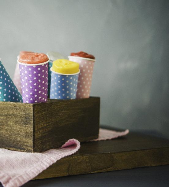 圆锥,冰棒,冻结的,偏好,纸,垂直画幅,冰淇淋,留白,无人,板条箱