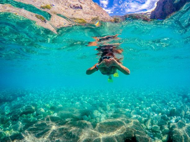 女人,山谷,蝶泳,水,水下,旅行者,夏天,仅成年人,明亮,运动
