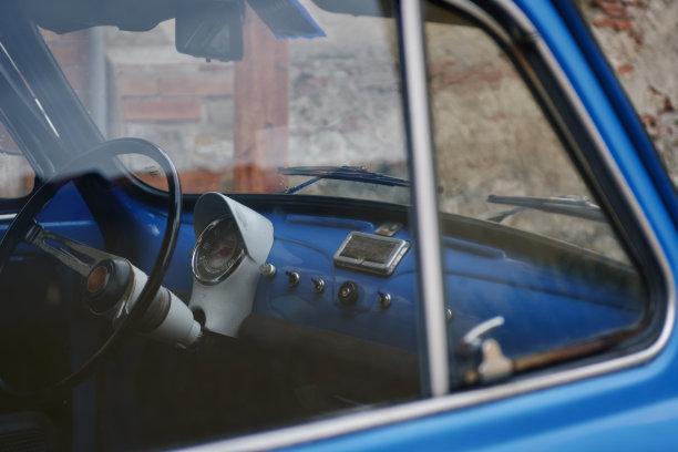 汽车,里面,经典,小的,窗户,车轮,水平画幅,无人,古老的,古典式