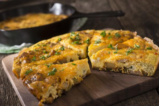 菜肉煎蛋饼,选择对焦,奶制品,乳蛋饼,水平画幅,无人,古典式,膳食,精制土豆,法式食品