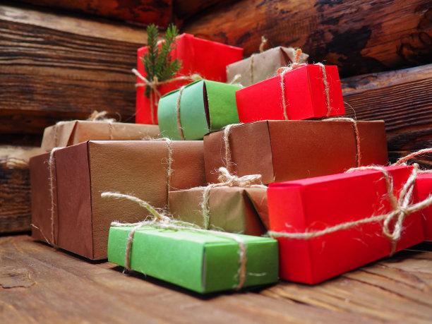 包装纸,褐色,牛皮纸,水平画幅,无人,硬木地板,新年,圣诞树,乡村风格