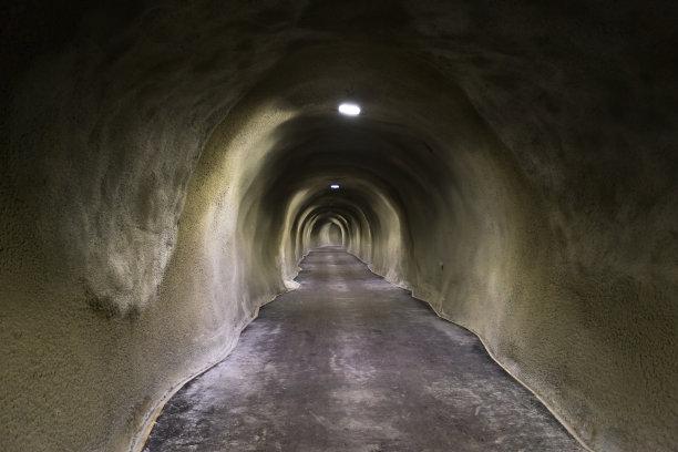 隧道,混凝土,油罐,雪,往下看,长的,褐色,水平画幅,装管,易接近性