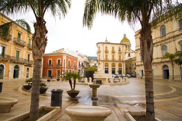 雨,广场,西西里,月亮女神阿蒂米斯,水平画幅,无人,古城,湿,户外,棕榈树