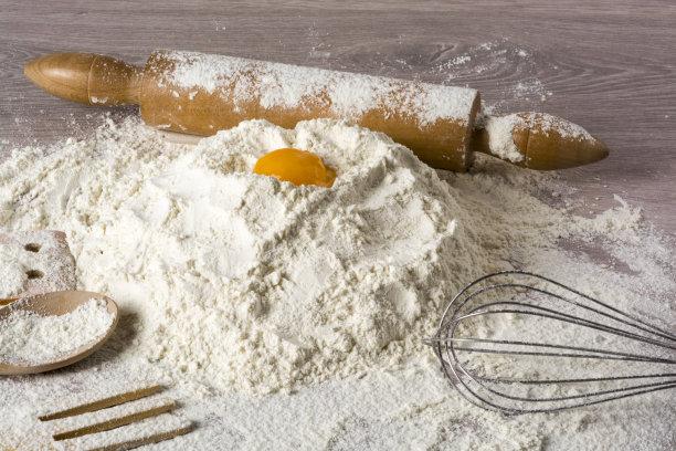 意大利面,自制的,配方,留白,高视角,奶酥,搅拌器,白色,蛋黄,书桌