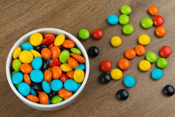 糖果,碗,色彩鲜艳,留白,褐色,水平画幅,无人,组物体,生日,乡村风格