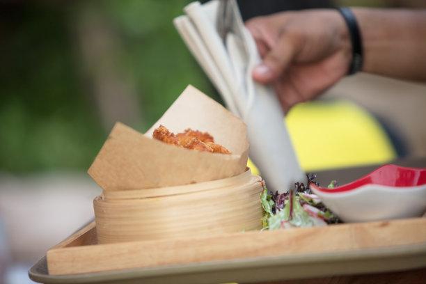 洋葱圈,上菜,留白,侍者,休闲活动,周末活动,面包,炸薯条,清新,咖啡馆